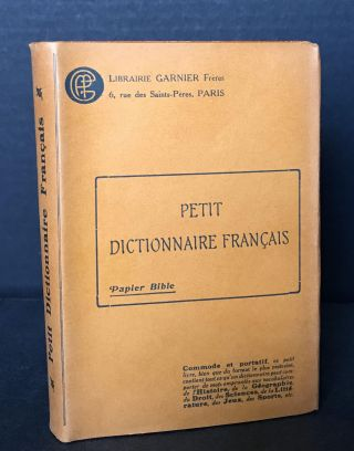 Petit Dictionaire Francais. France